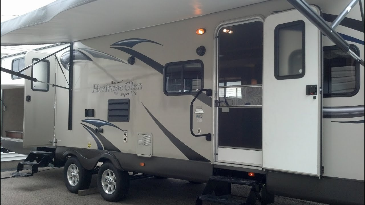 amenities mg adventure all in ultra with travel campers men s trailers the gear lightweight lighting tow light