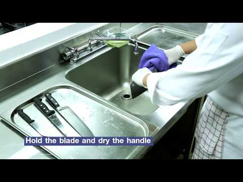 How to clean knives