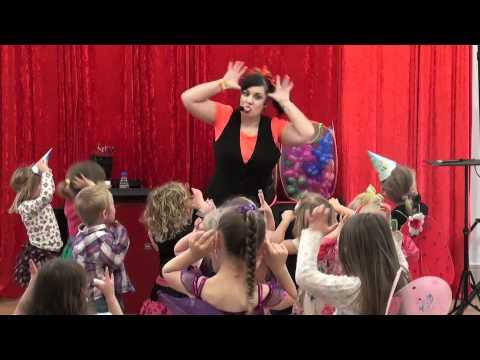 BARMY BELLA - Children's Entertainer