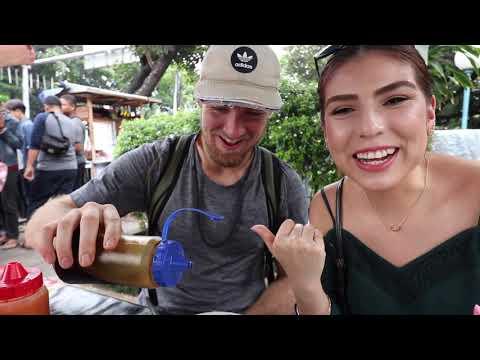 Two Americans take INDONESIAN STREET FOOD TOUR! (PECEL, BAKSO, MIE AYAM, KERAK TELOR)