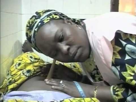 Миллионы женщин и детей умирают при родах