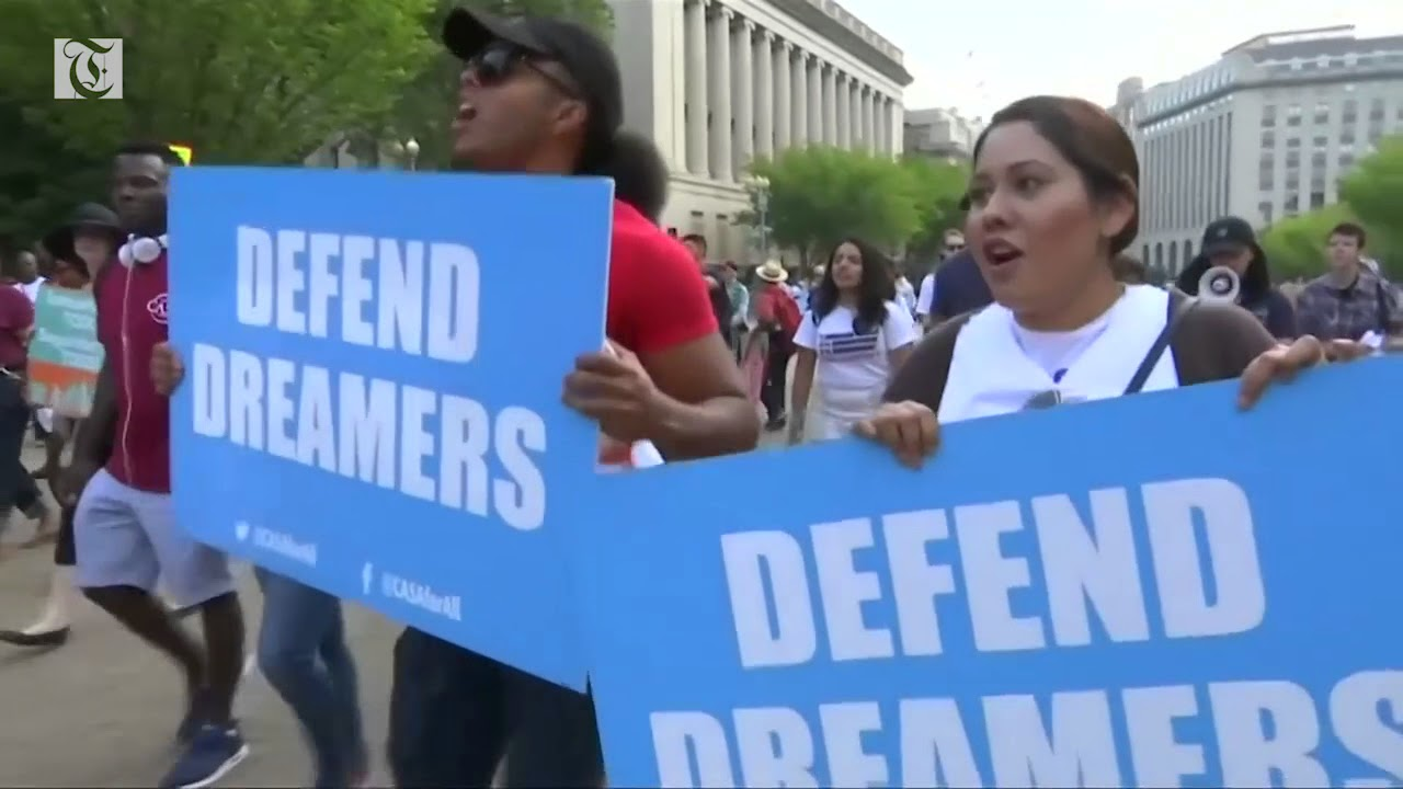 Trump demands border wall for 'Dreamer' deal