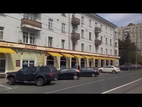 . Москва. Измайлово. Поездка по Первомайской улице в трамвае №11