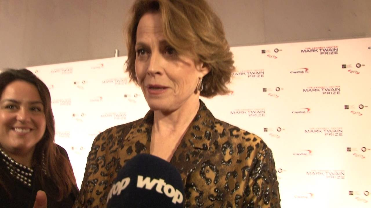 Sigourney Weaver Salutes Bill Murray At Kennedy Center Youtube