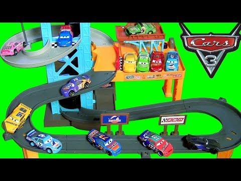 Disney Cars 3 Toys Piston Cup Motorized Garage For Disney