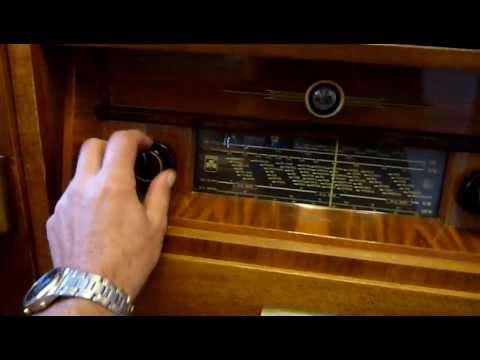 Grundig Musikschrank Musiktruhe 585W UKW Bj.1950, Perpetuum Ebner Plattenspieler, Anleitung