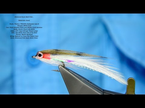 Tying A Small Bait Fish Pattern With Davie McPhail