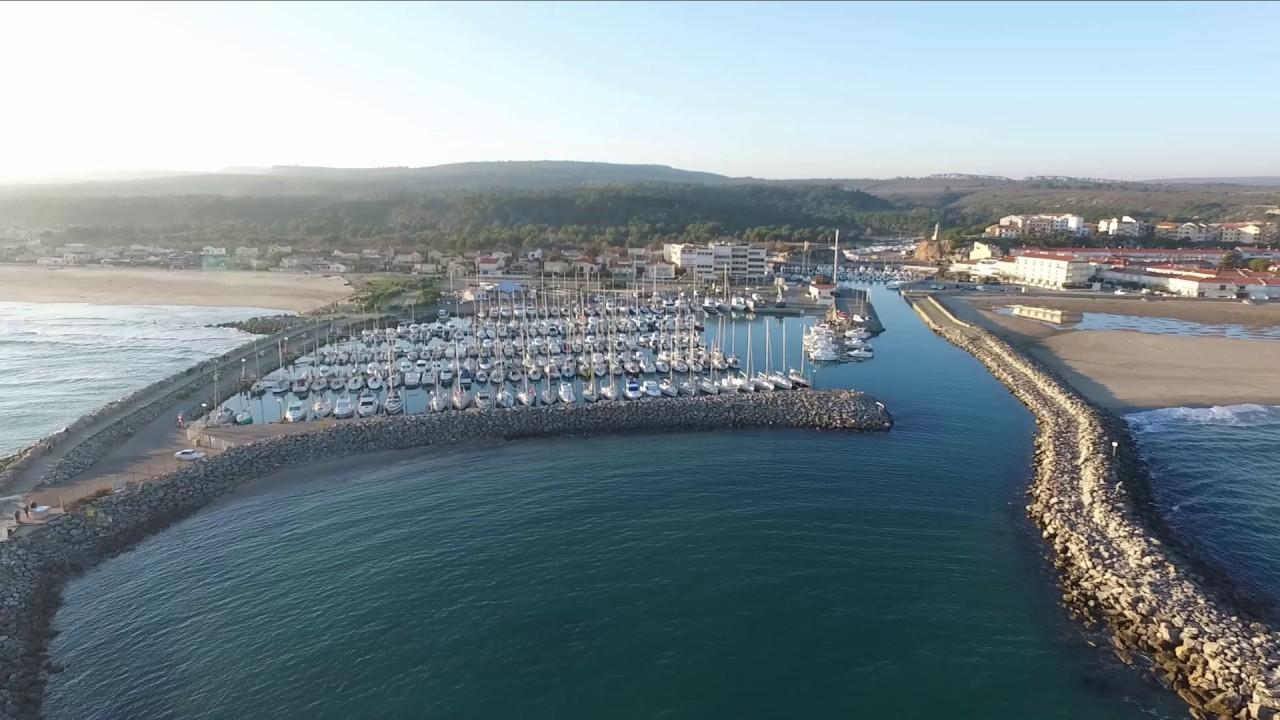 Saint pierre la mer le port vue d 39 un drone youtube - Camping port blanc saint pierre quiberon ...