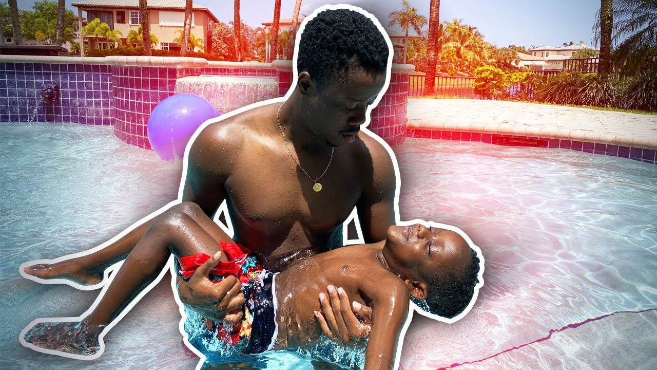 Download Billy Saved Siah From Drowning!! *First Swimming Lesson*