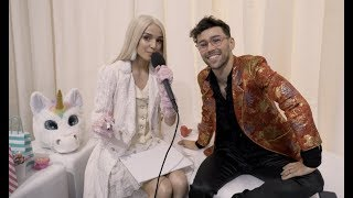 Poppy Reads MAX's Mind At The 2018 #AMAs (EXCLUSIVE)