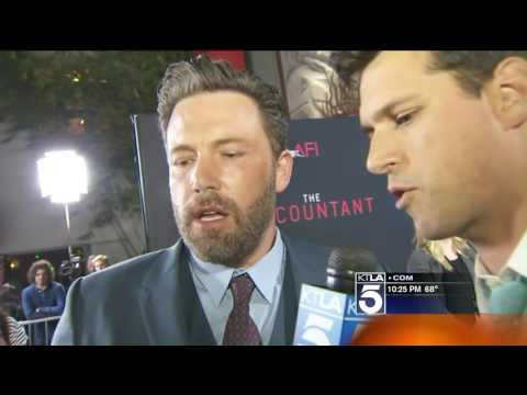Ben Affleck Holds up Red Carpet at The Accountant Premiere to Watch the Red Sox