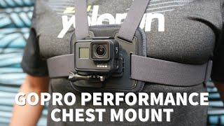Trên tay đai đeo ngực GoPro Performance Chest Mount