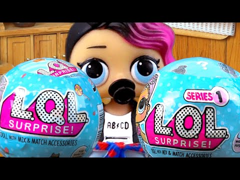 Маша открывает живые куклы ЛОЛ сюрприз. Ожидание и реальность – оригинал vs подделка! Мультик LOL