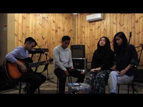 Berlari Tanpa Kaki - GAC ft Overtunes (Cover) by  Faezil, Izzah, Jasmin & Danish