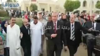 بالفيديو: محافظ المنيا يؤدي صلاة العيد بساحة المدرسة الثانوية العسكرية