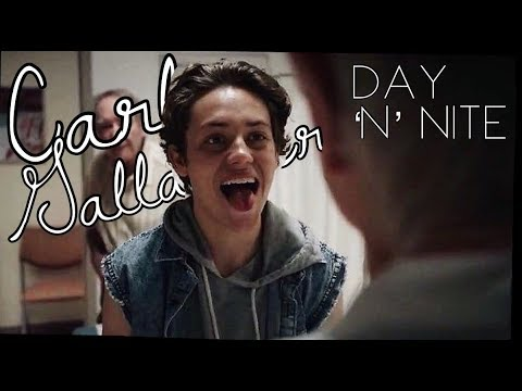 Carl Gallagher || Day ´N´Nite