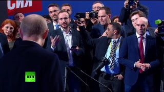 Пресс-конференция Владимира Путина в предвыборном штабе