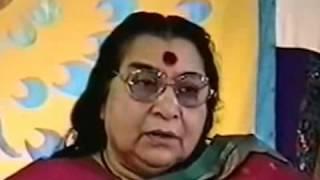 Пуджа шри ВишнуМайе  19 09 92 г clip1