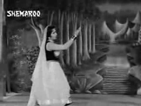 Aa Aabhi Jaa Raat  by Lataji,Teesri Kasam, Music - Shankar Jaikishan, Lyrics - Shailendra