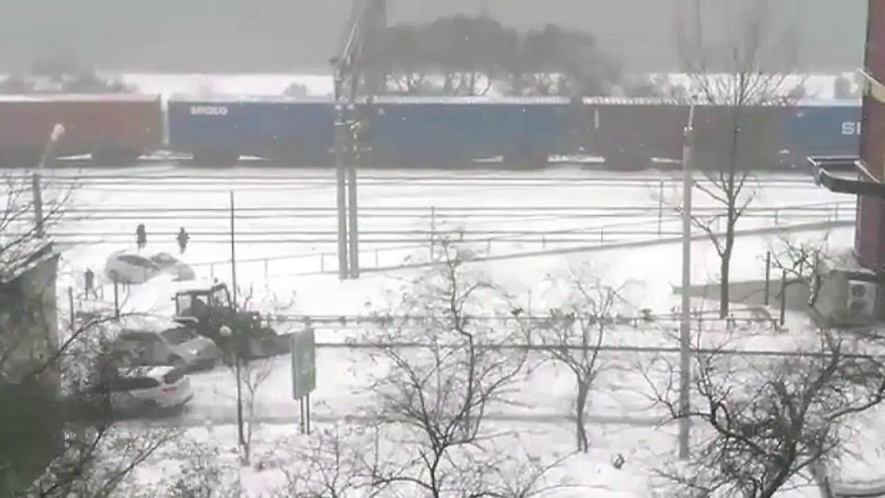 Владивосток ул. Енисейская ДТП снег спуск подъем Car Crash Snow Astakada