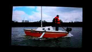 Guppy 13 vs Ocean Wave; a Bas Jan Ader Experience (I)