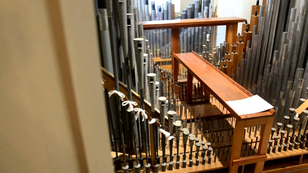 Hear 3200 pipe organ installed in West Side home