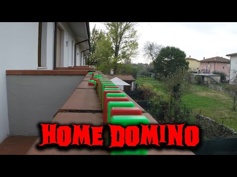 Thumbnail: Domino Effect