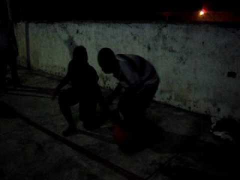 Basketball na quadra do Agua Azul Tony Versus Patrick e amigo de Congo