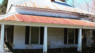 Gambar cover Abandoned House N.C.