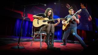An electrifying acoustic guitar performance | Rodrigo y Gabriela