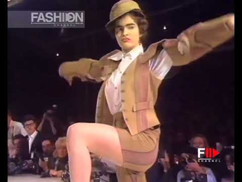 VIVIENNE WESTWOOD Fall 1988/1989 Paris - Fashion Channel