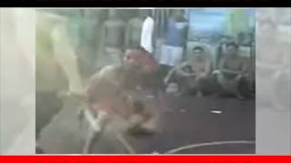 Repeat youtube video Pelea de cuchilos en carcel Venezolana
