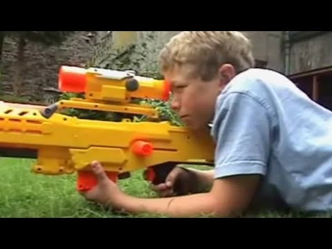 THE 2ND NERF WAR – 2 Million Subscribers!