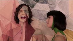 Gotye - Somebody That I Used To Know (feat. Kimbra) - official music video