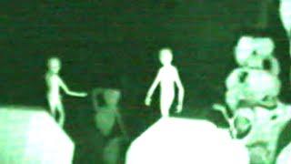 Video Aliens Caught on Tape: Real Evidence? download MP3, 3GP, MP4, WEBM, AVI, FLV Juli 2018
