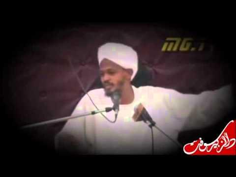تلميذ الشيخ محمد  مصطفى عبدالقادر يسئ الادب مع سيدنا النبي صلى الله عليه وسلم ويقول thumbnail