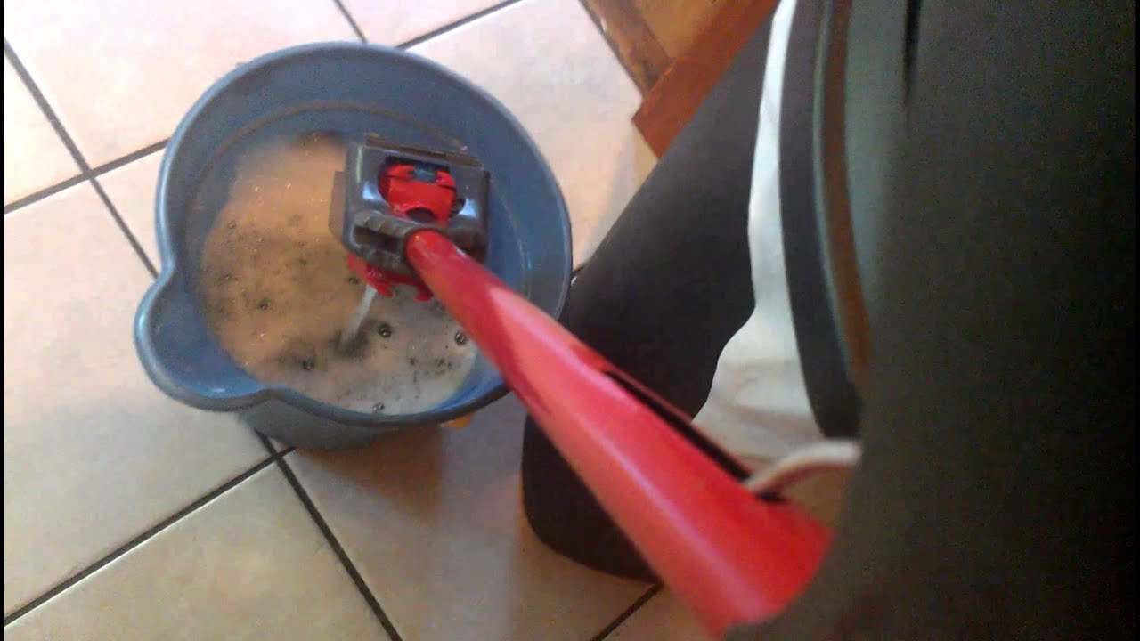 How to mop a ceramic tile floor youtube how to mop a ceramic tile floor dailygadgetfo Gallery