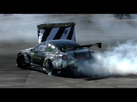 Listen to This Turbo V-8-Swapped Nissan GT-R Rip Some Tires Apart