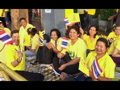 เวทีท้องถิ่น 05/12/57 : ทั่วประเทศไทยร่วมเฉลิมพระเกียรติพระบาทสมเด็จพระเจ้าอยู่หัว