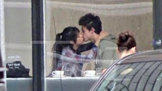 SHAWN MENDES & CAMILA CABELLO MAKING OUT