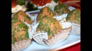 Холодные закуски мясные:Паштет из куриной печени с песто из помидоров