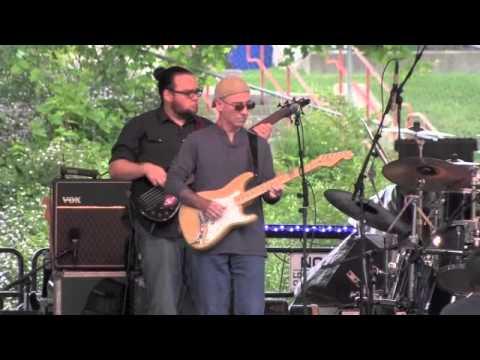Rattlin Bones Jim Gill Band