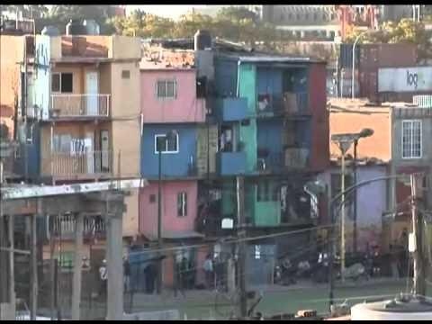 Favelas de buenos aires crescem e chegam cada vez mais for Puertas de aluminio buenos aires