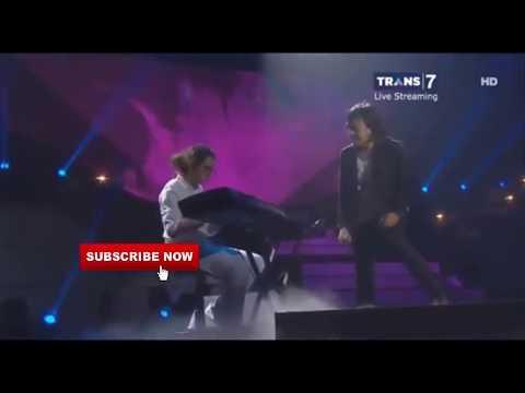 Konser Ari Lasso 25 Tahun Sepenuh Hati Feat DuL Djailani - Cinta Kan Membawamu