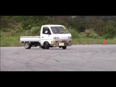 ドリ車に混じって軽トラでドリフト!Drift in light tiger is mixed with the drill car!