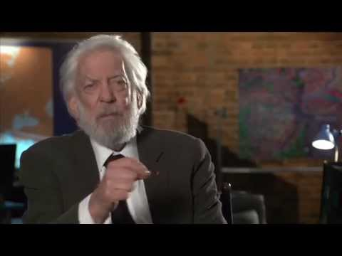 CROSSING LINES - Interview with DONALD SUTHERLAND playing MICHEL DORN
