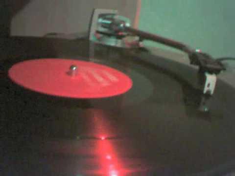 C+C Music Factory - Boriqua Anthem (Que Es Lo Que Quiere Esa Nena) by El Ricon De Los Vinilos