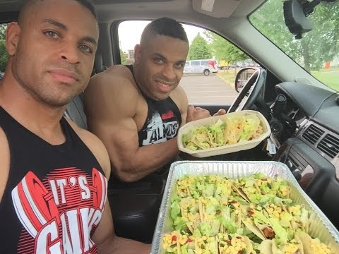 30 Tacos Challenge @hodgetwins