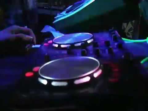 Mis Popy - Gadis Bali 9 ( New D Xtreme Music )