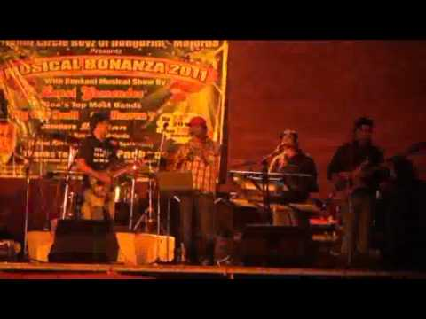 Music big city band played at Majorda Goa 2011 part F.flv